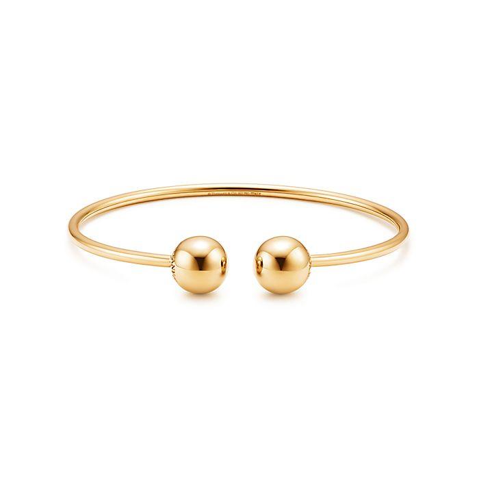 af1c25315 Tiffany HardWear ball wire bracelet in 18k gold, medium. | Tiffany & Co.