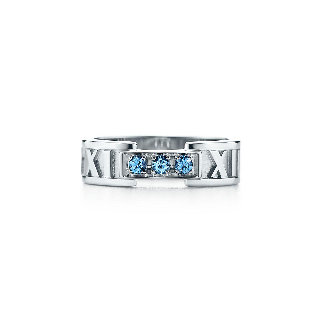 Atlas Fermé Anneau Étroit En Or Blanc 18 Carats Avec Saphirs Montana - Taille 5 1/2 Tiffany & Co. XyY8Z