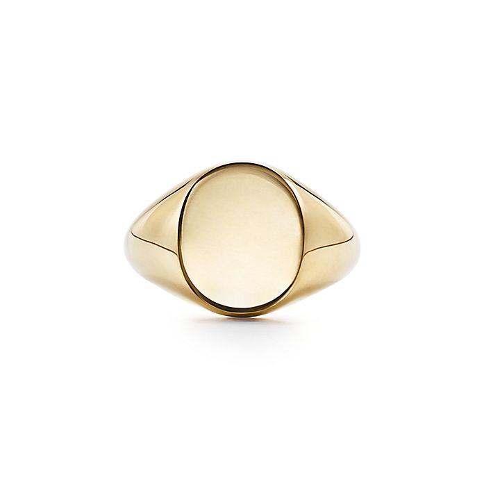 960cdb299 Signet ring in 18k gold. | Tiffany & Co.