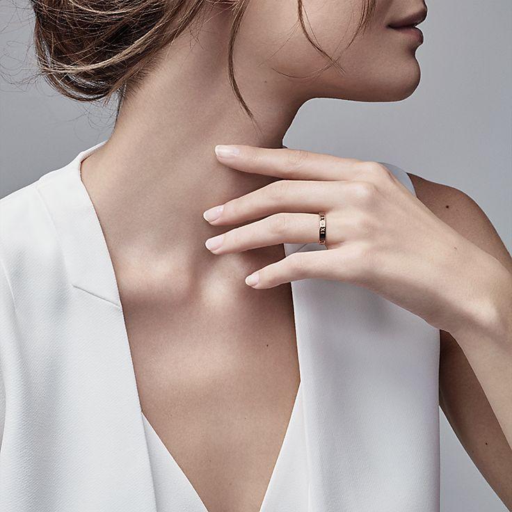 Tiffany Keys Atlas pierced key in 18k rose gold with diamonds, small Tiffany & Co.
