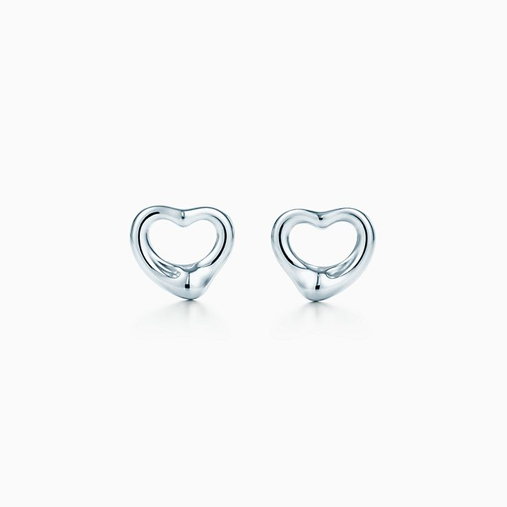 Elsa Peretti Sevillana hook earrings in sterling silver, medium Tiffany & Co.