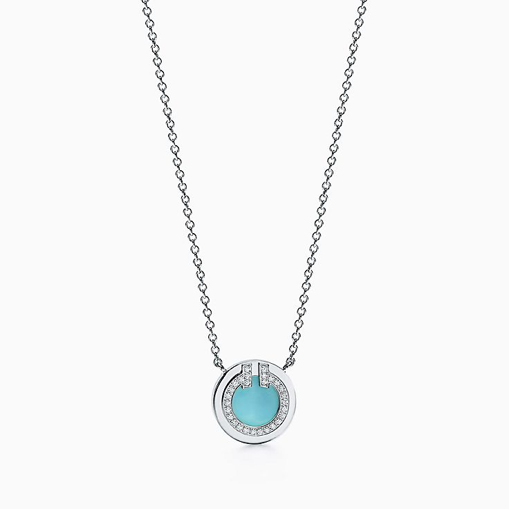 "18K 화이트 골드 소재에 다이아몬드와 터코이즈가 세팅된 Tiffany T:Two 써클 펜던트, 16-18"""
