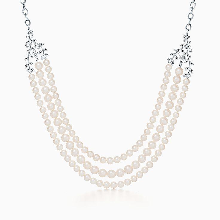 Collana a tre fili di perle. Collezione Olive Leaf di Paloma Picasso