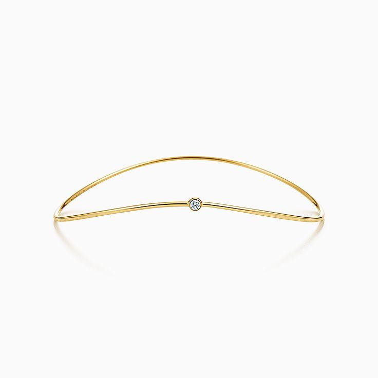 Collezione Wave di Elsa Peretti®:Bracciale a un giro con diamante