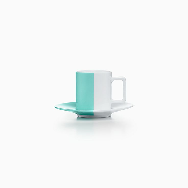 Color Block:Taza de café y plato