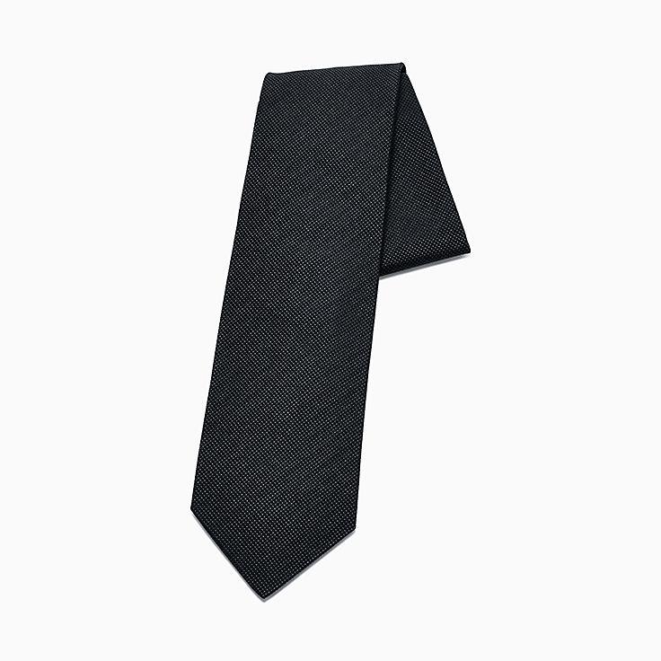 Diamond Point: Corbata