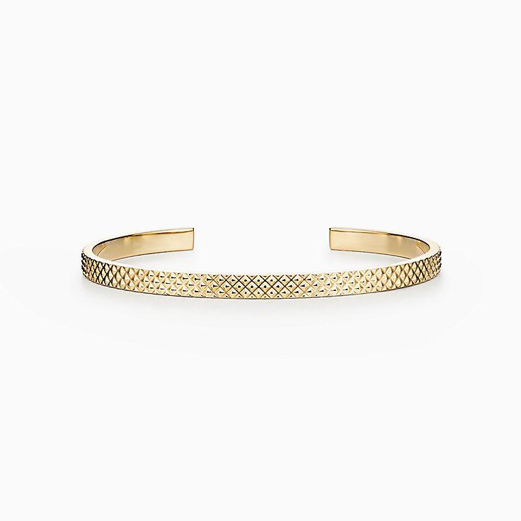 Diamond Point:Cuff in 18k Gold
