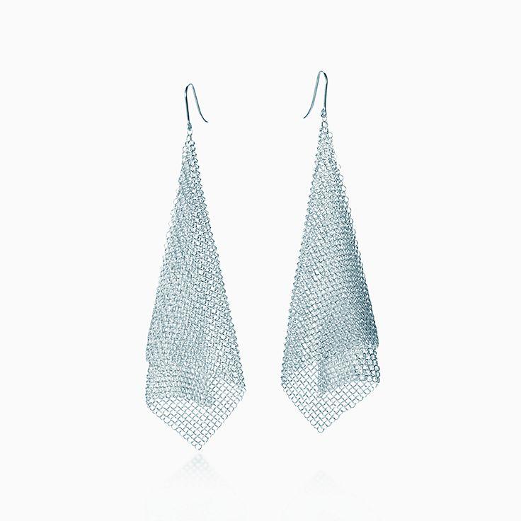 Elsa Peretti™: Brincos em forma de lenço Mesh