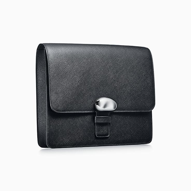 Elsa Peretti®:Bean Design Clutch