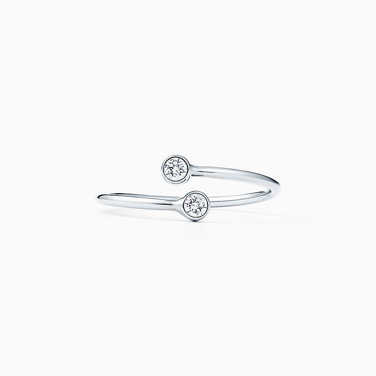 Elsa Peretti®:Diamond Hoop Ring