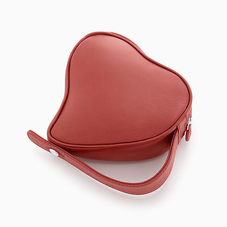 Elsa Peretti®:Heart Clutch