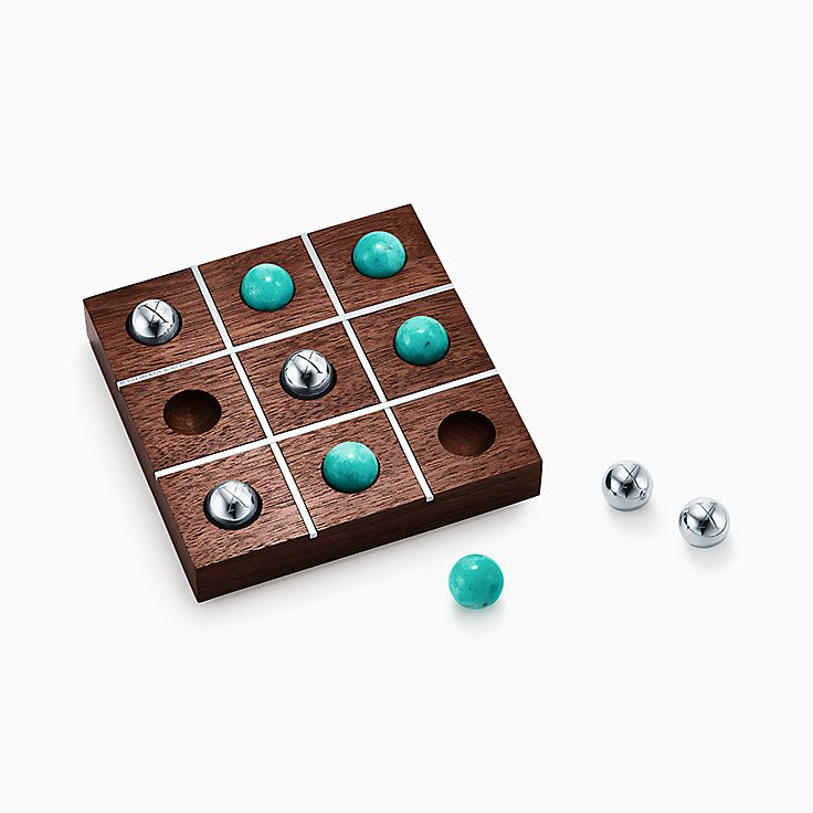 Everyday Objects:Walnut Tic-Tac-Toe Set