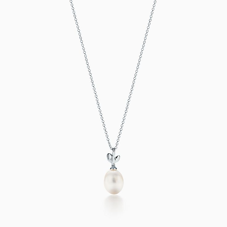 Paloma Picasso®:Olive Leaf Pearl Pendant