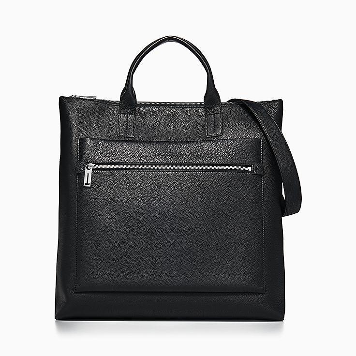 Schmale Tasche aus schwarzem Strukturleder