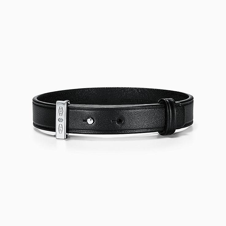 Tiffany 1837™:Makers Armband aus schwarzem Kalbsleder mit Sterlingsilber