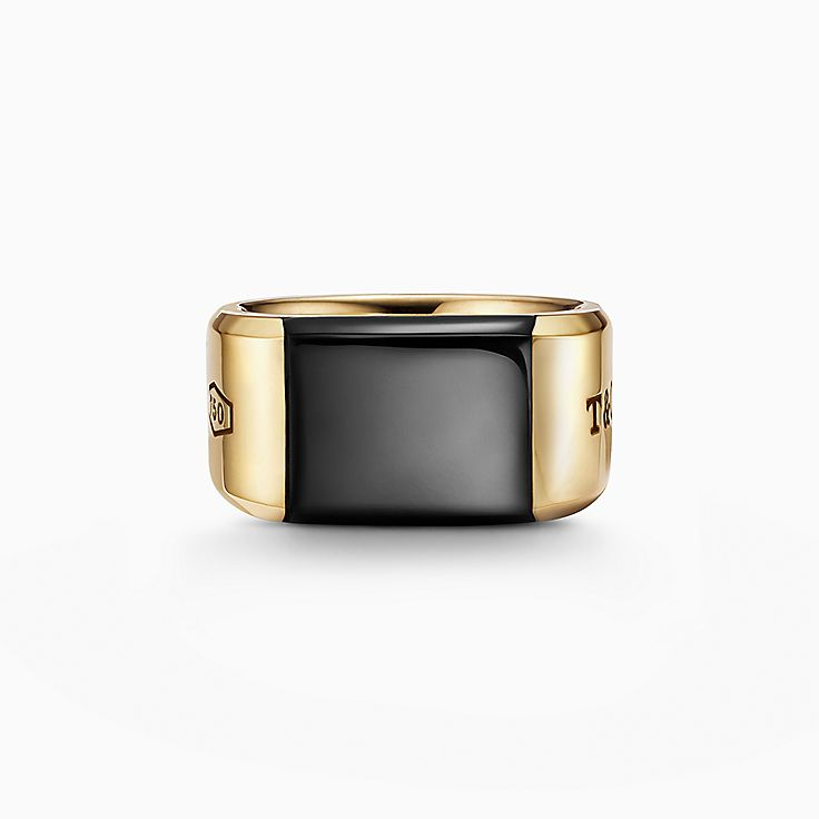 Tiffany 1837™:Makers Black Onyx Signet Ring in 18k Gold