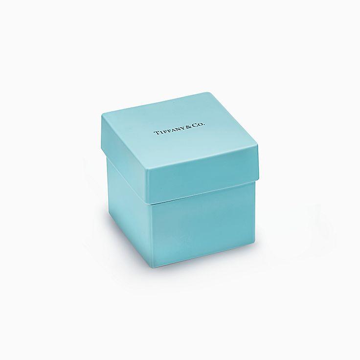 Предметы обихода: коробочка Tiffany из костяного фарфора