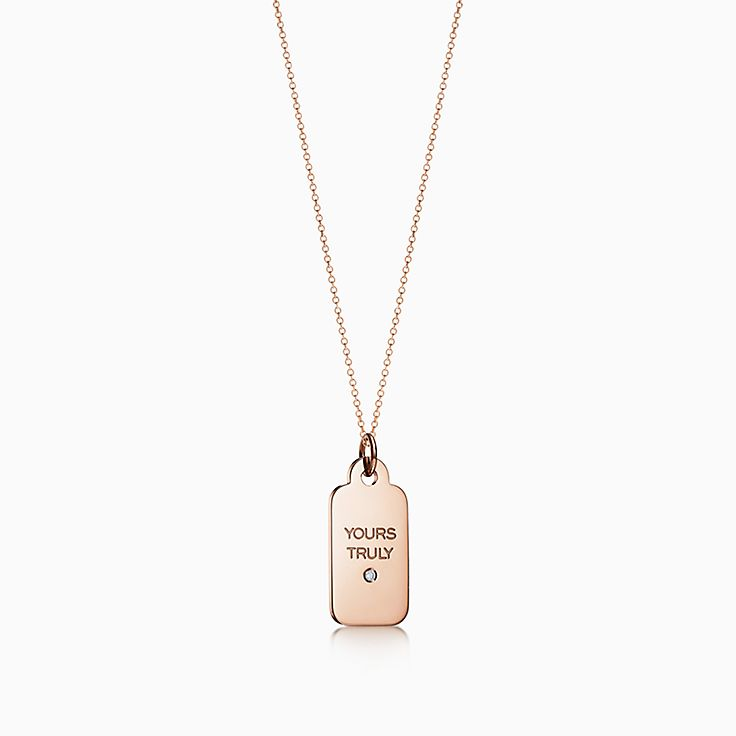 Tiffany Charms: Plaque «Yours Truly»