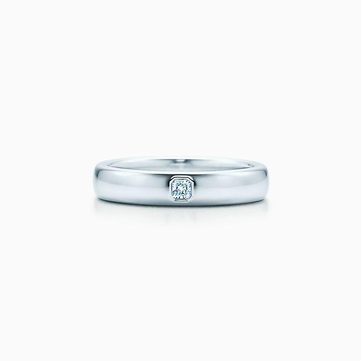 Tiffany Classic™: argolla de matrimonio