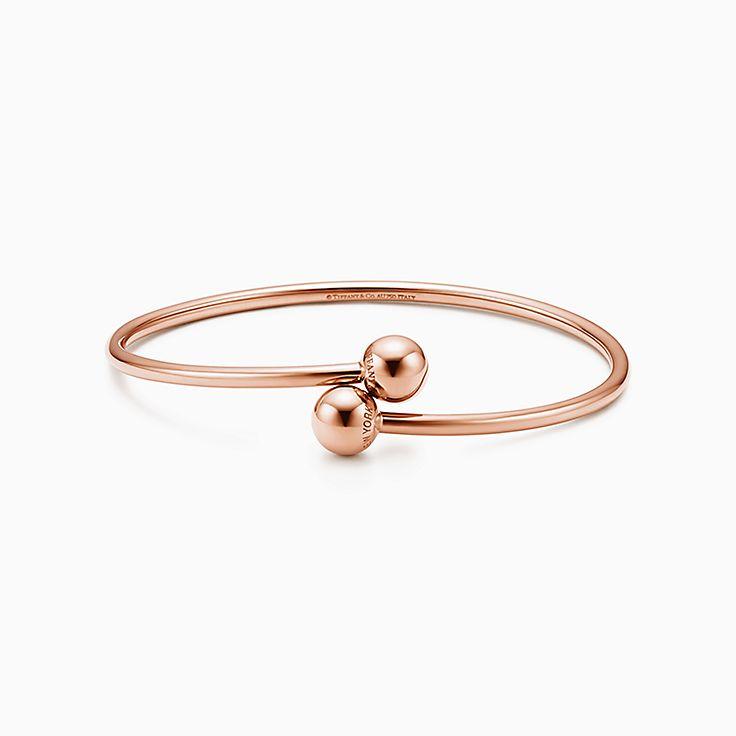 Tiffany HardWear: pulseira com esfera transpassada