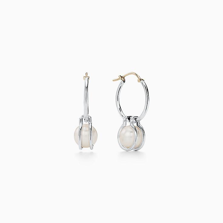 Tiffany HardWear:Brincos de argola em prata de lei com pérola