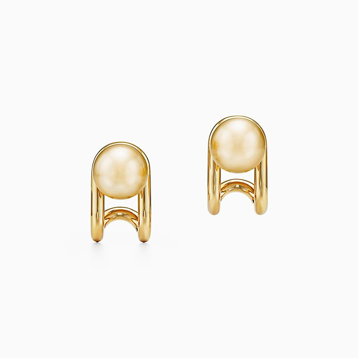 Tiffany HardWear:South Sea Golden Pearl Earrings in 18k Gold