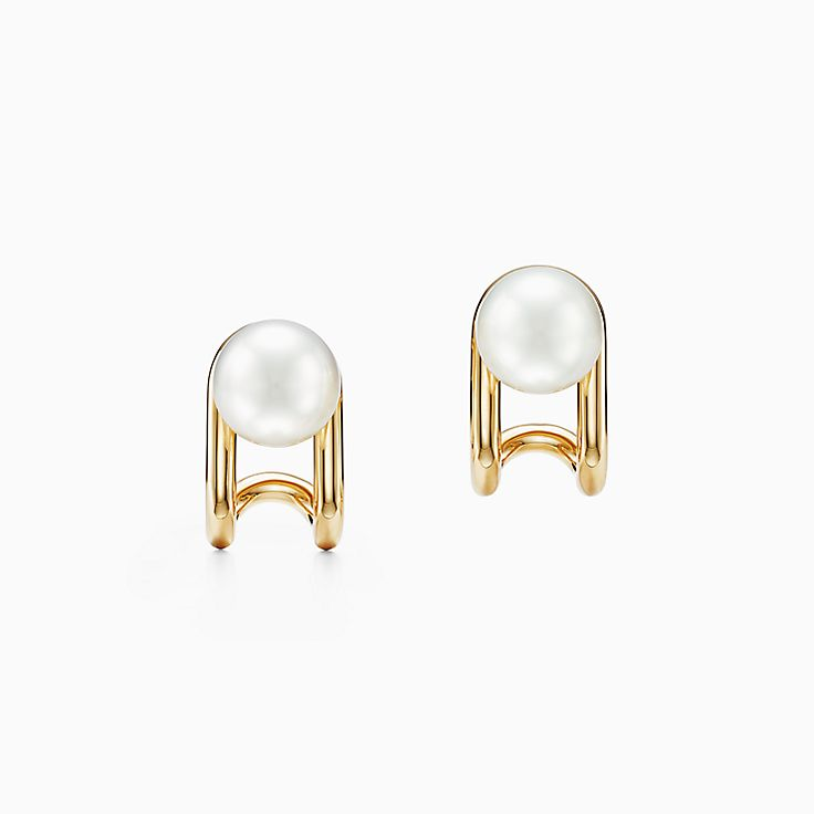 Tiffany HardWear:South Sea Pearl Earrings in 18k Gold
