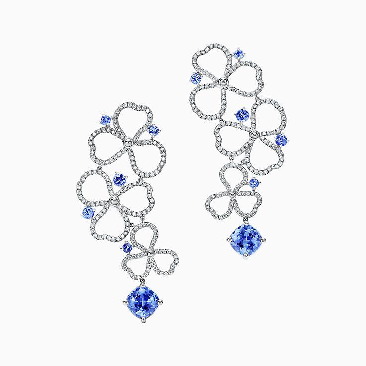 Tiffany Paper Flowers™:다이아몬드 및 탄자나이트 오픈 플라워 드롭 이어링