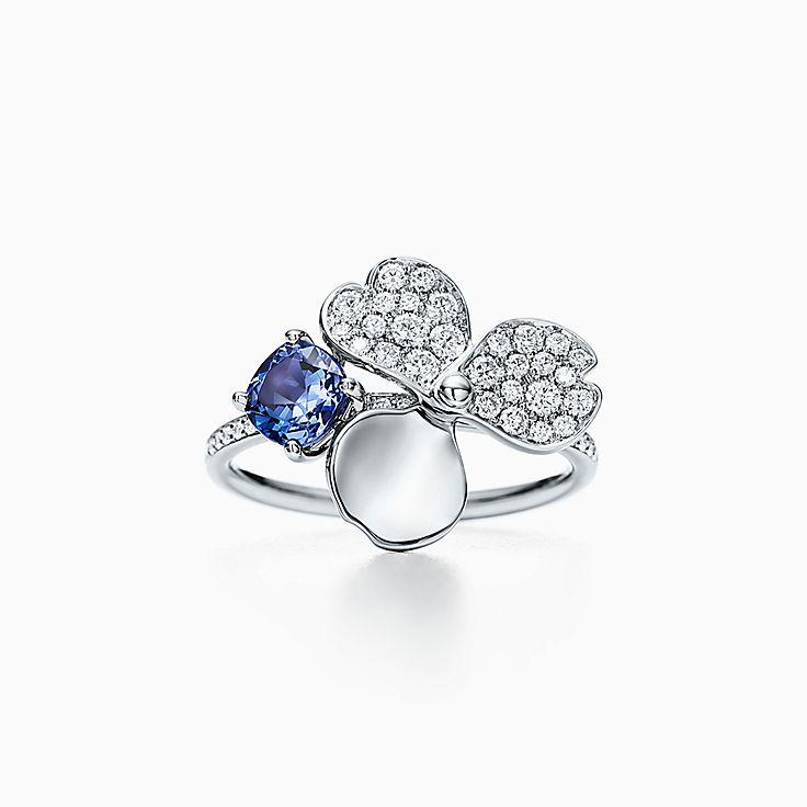 Tiffany Paper Flowers™:다이아몬드 및 탄자나이트 플라워 링