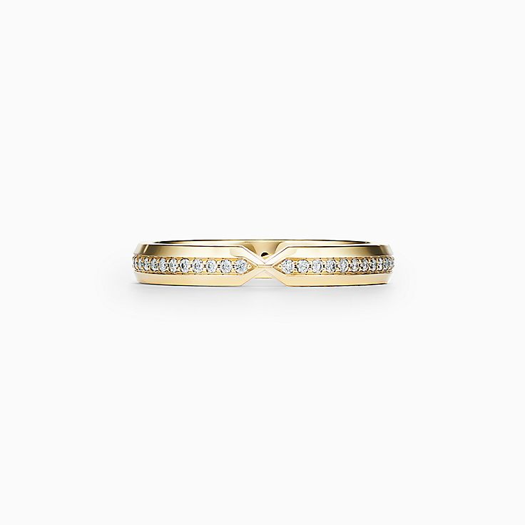 Tiffany® Setting:Узкое изогнутое кольцо с бриллиантами