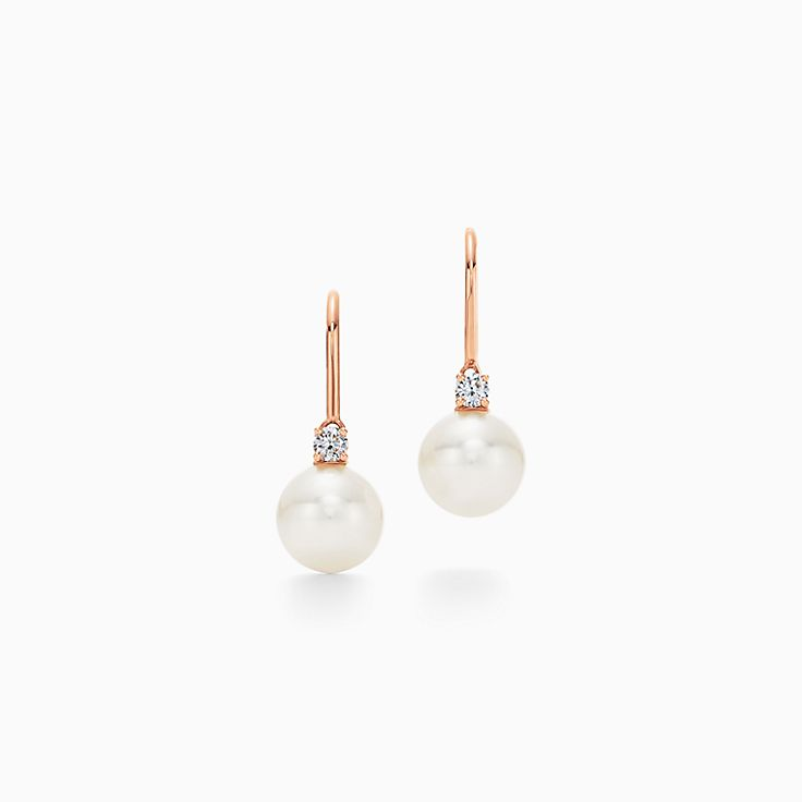 Tiffany Signature® Pearls:Серьги с замком-петлей