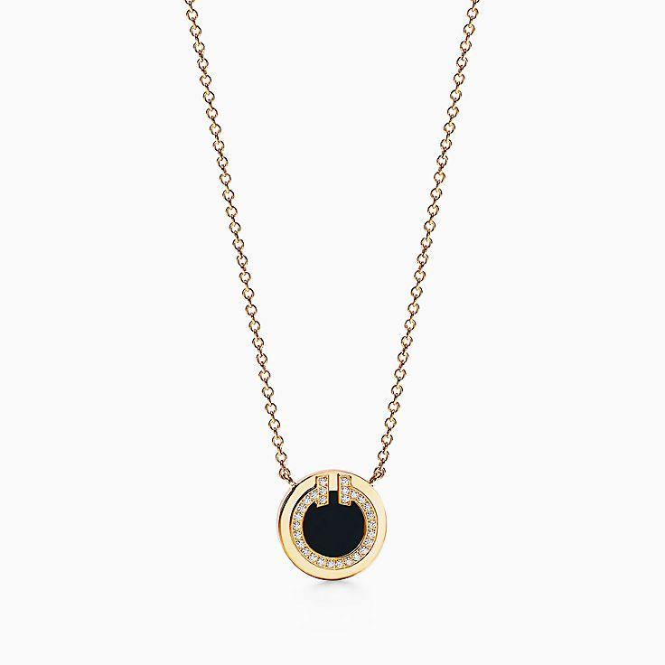 TiffanyT:Круглая подвеска Two из золота 18карат с бриллиантами и черным ониксом, 40,6–45,7см