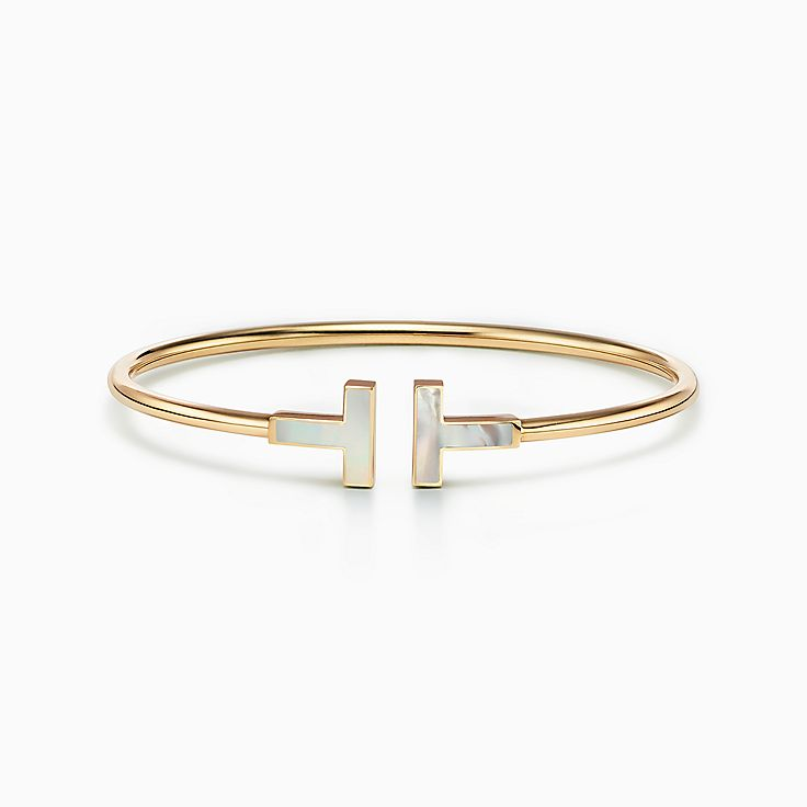 Tiffany T:Mother-of-pearl Wire Bracelet in 18k Gold