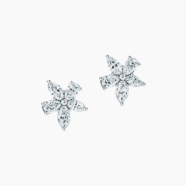 Tiffany Victoria™: серьги-кластеры с бриллиантами различных огранок