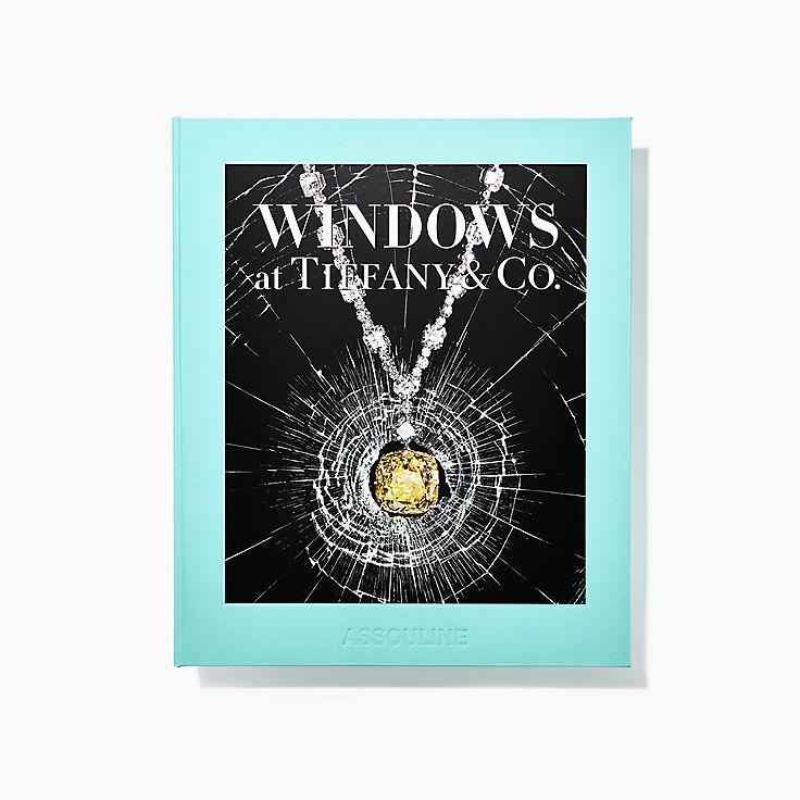 Книга Windows at Tiffany & Co. издательства Assouline