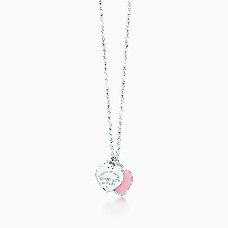 Pendente de coração duplo mini em prata com acabamento em esmalte.  likelike solidReturn to Tiffany™ pendente de coração cb3060981c