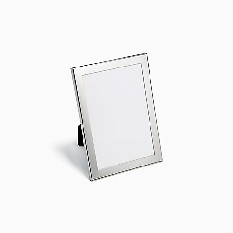 Rectangular frame in pewter.