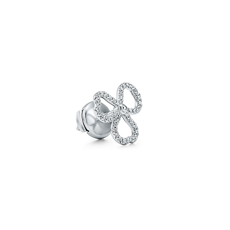 wholesale dealer fc21b 274e6 ダイヤモンド オープン フラワー ピアス