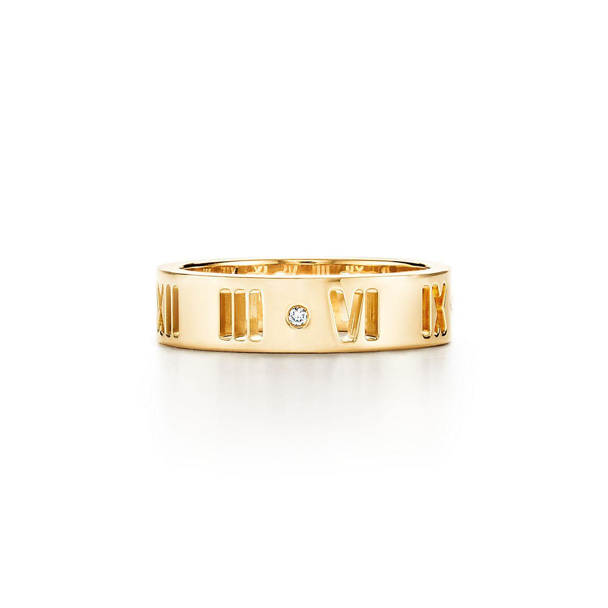 424ae3e40345 Anillo perforado Atlas® en oro de 18 quilates con un diamante ...