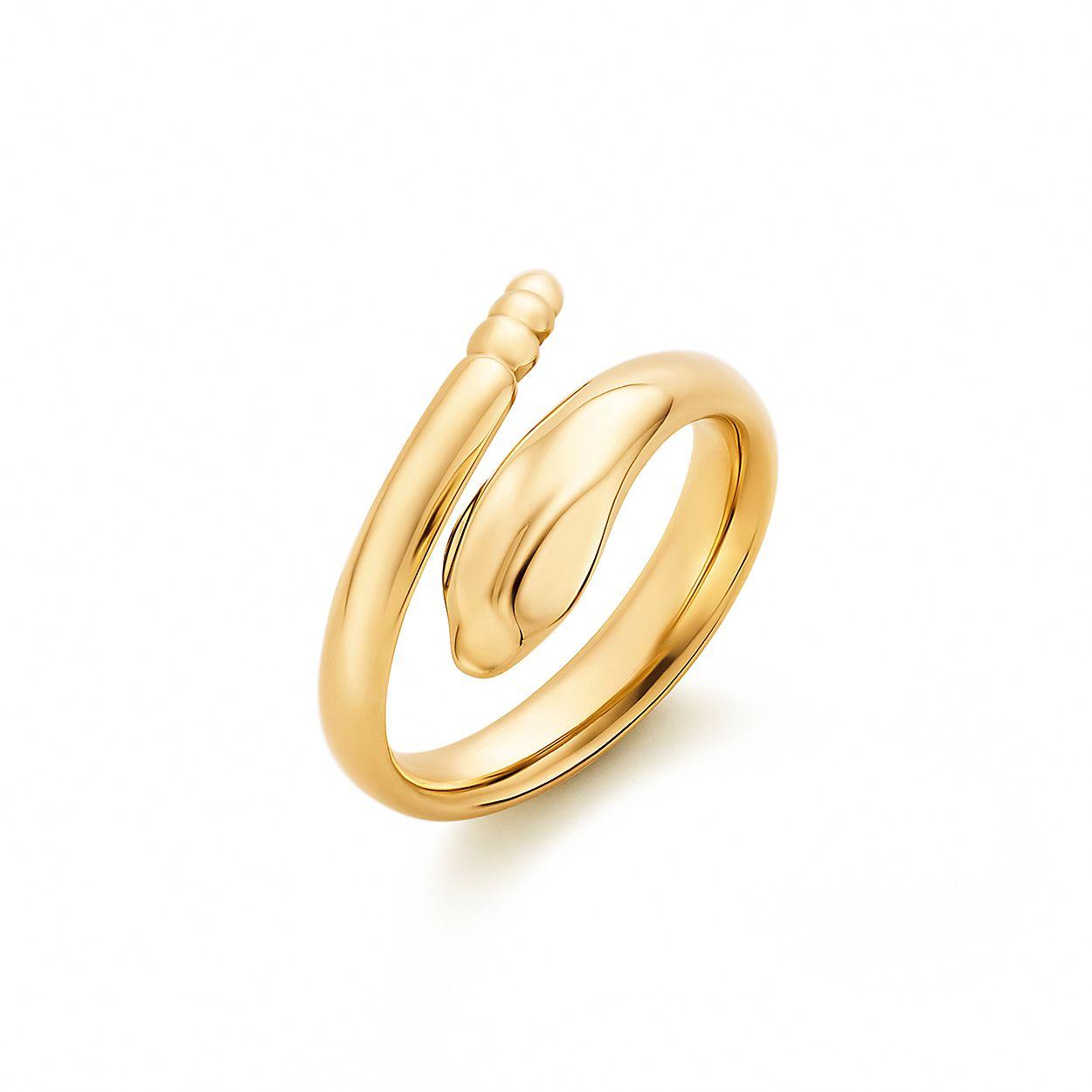 9dd8e6d80 Elsa Peretti® Snake ring in 18k gold. | Tiffany & Co.