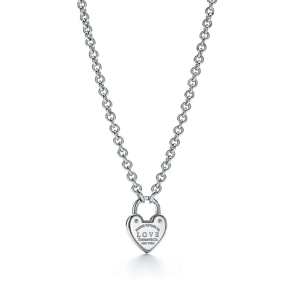 0cb4e504d6f6 Collar Love Return to Tiffany™ con dije estilo candado en plata fina ...