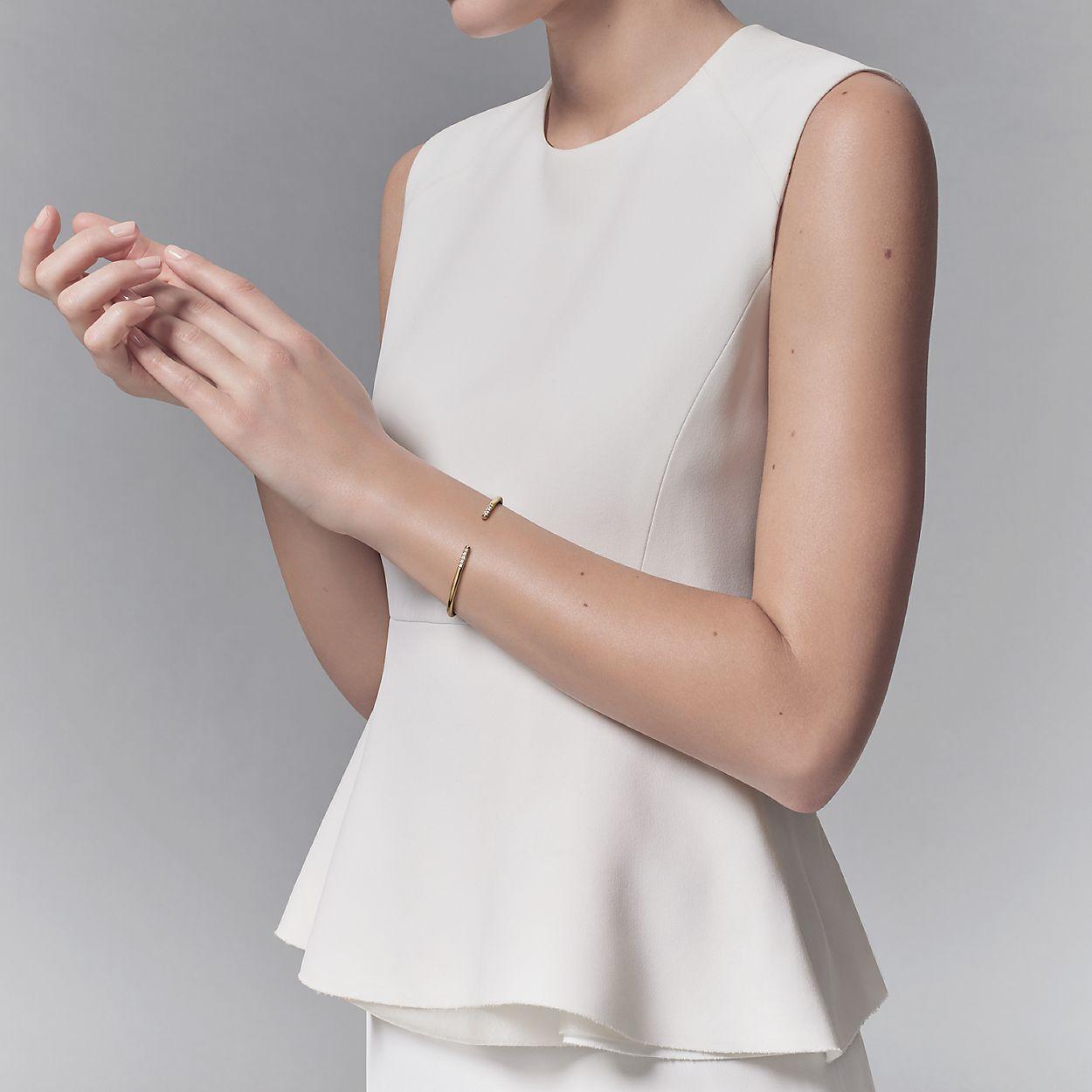 b7c75e00f Tiffany Metro wire bracelet in 18k gold with diamonds, medium ...