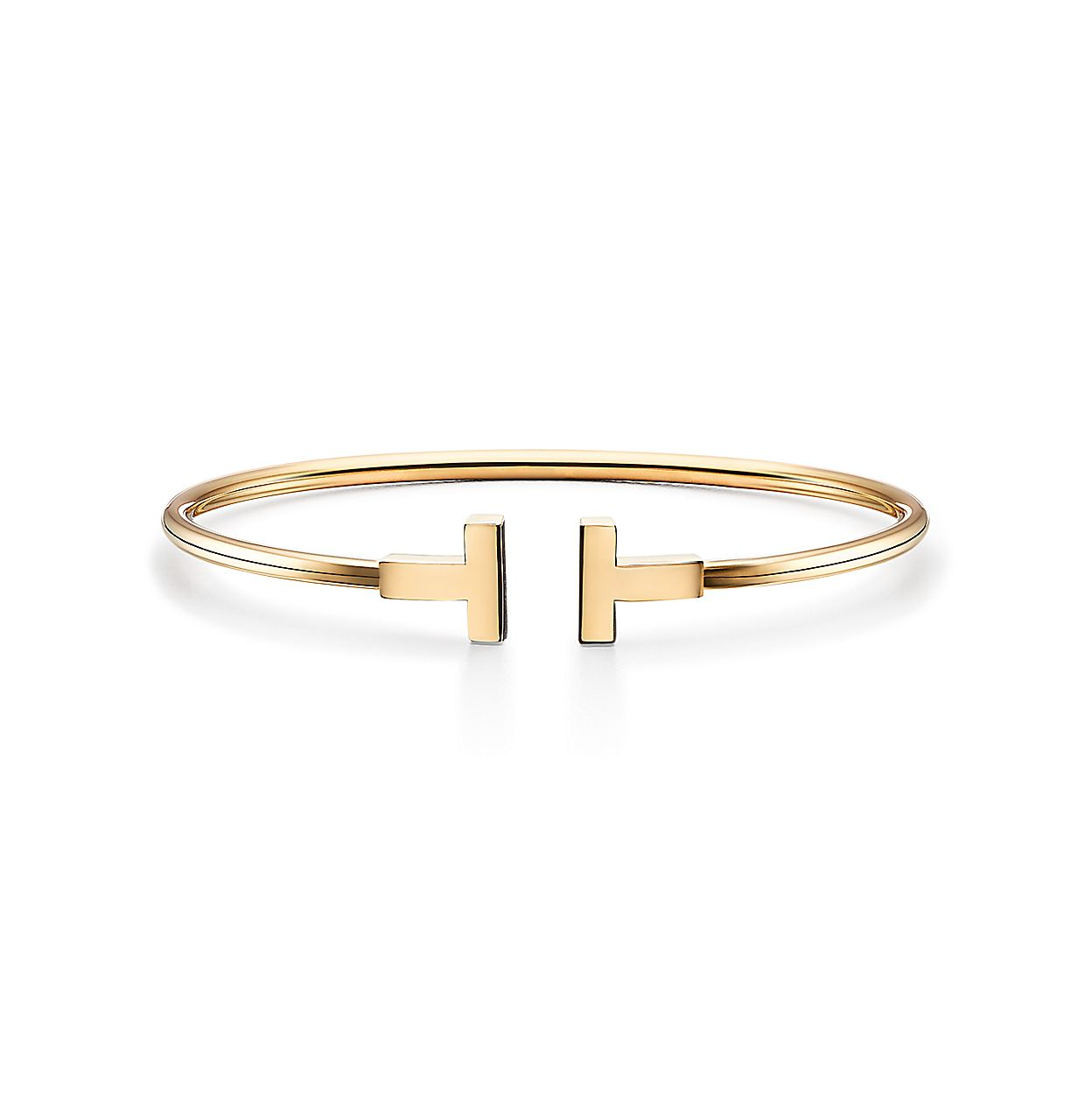 f1c64f28f Tiffany T wire bracelet in 18k gold, medium. | Tiffany & Co.