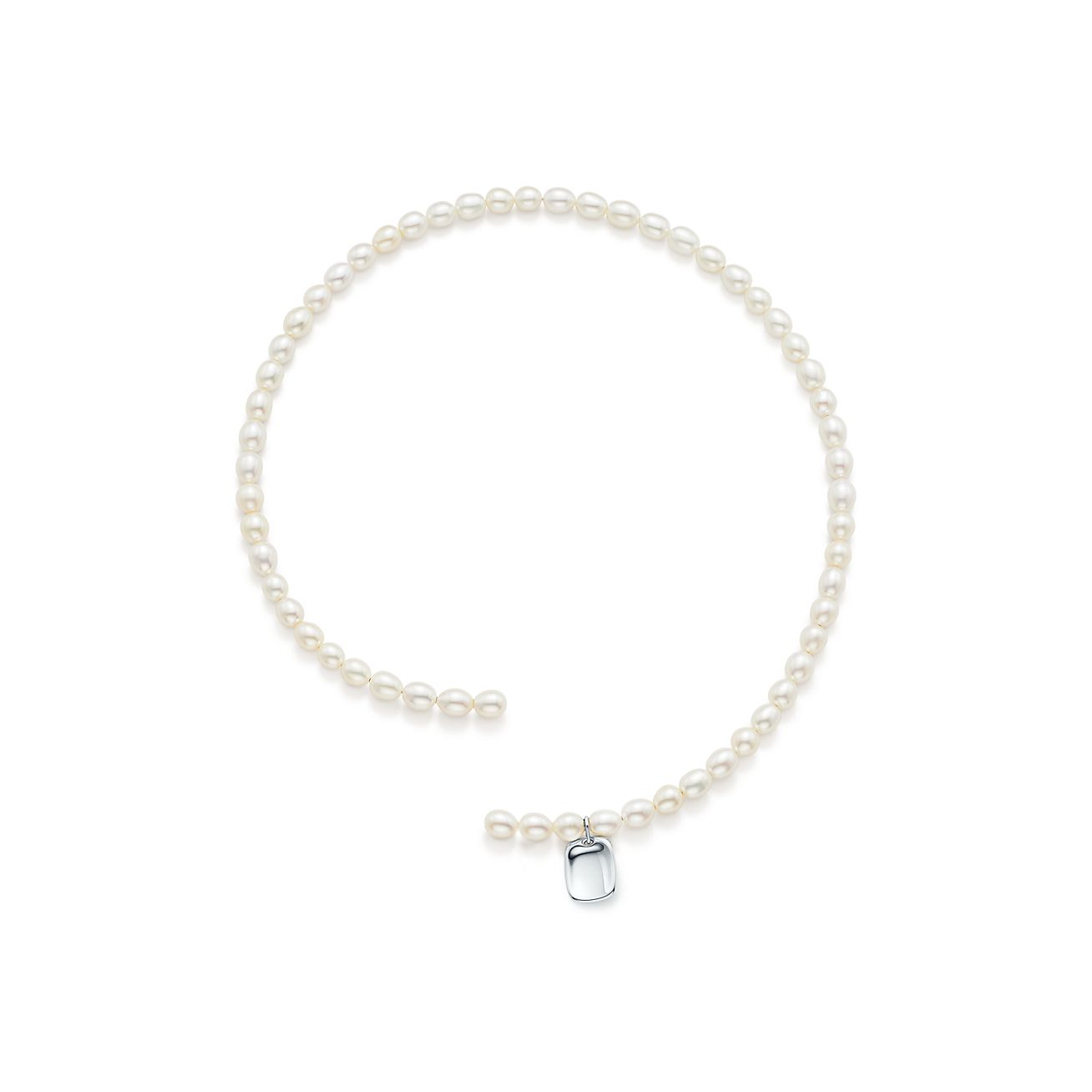 Elsa Peretti freshwater pearl necklace with sterling silver tag charm Tiffany & Co. 5jeC0V