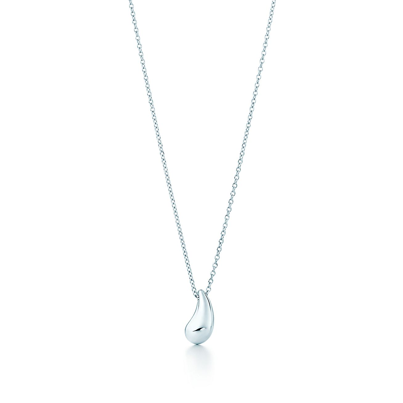 necklace en teardrop pendant penningtons