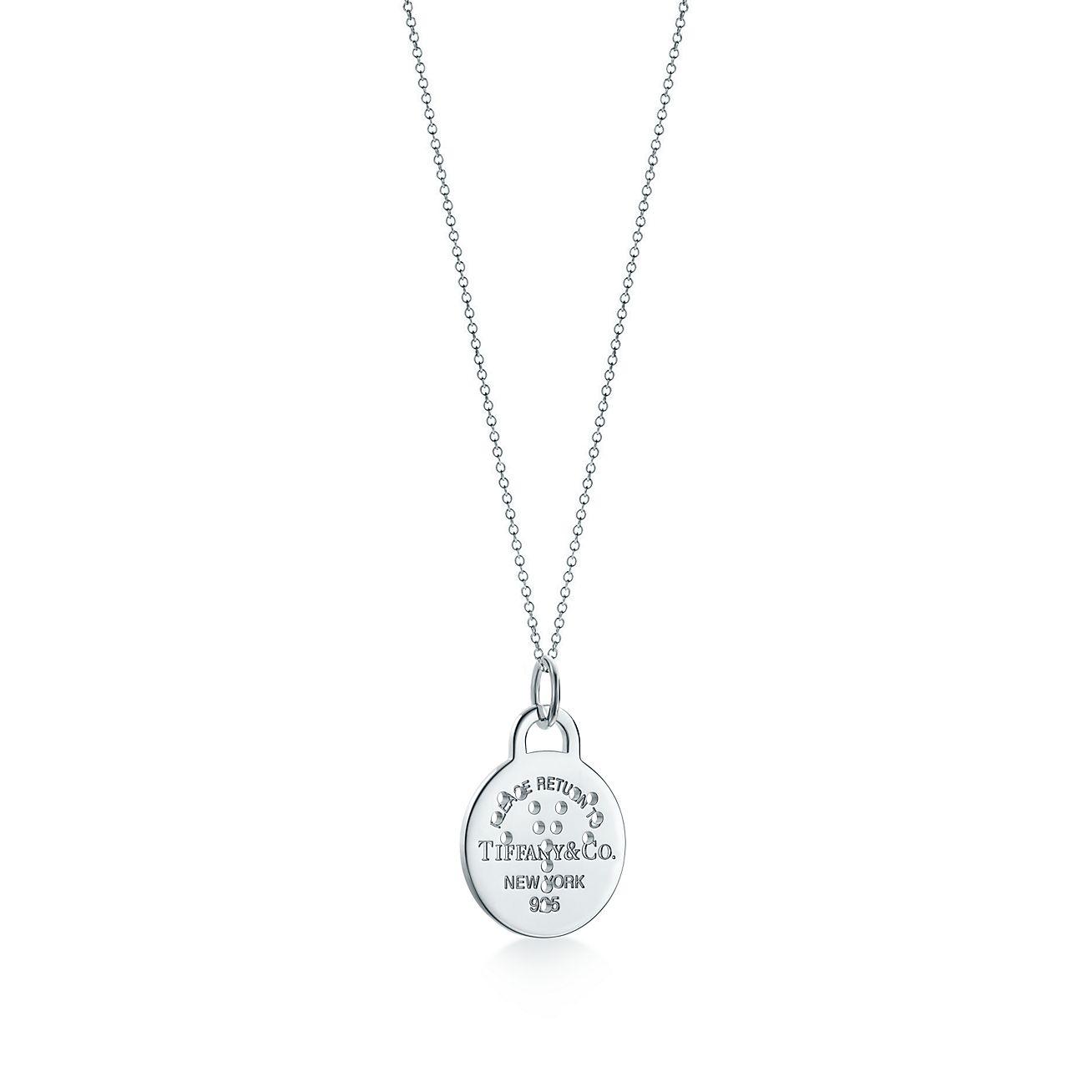 Return to Tiffany Zodiac Libra round tag charm in sterling silver, large - Size Libra Tiffany & Co.