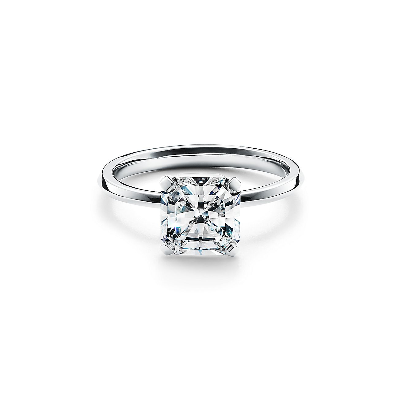 Tiffany True Engagement Ring With A Diamond In Platinum