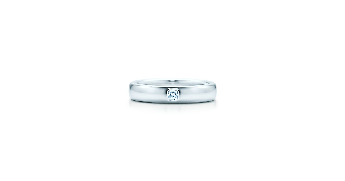 Tiffany Classic Wedding Band Ring In Platinum With A