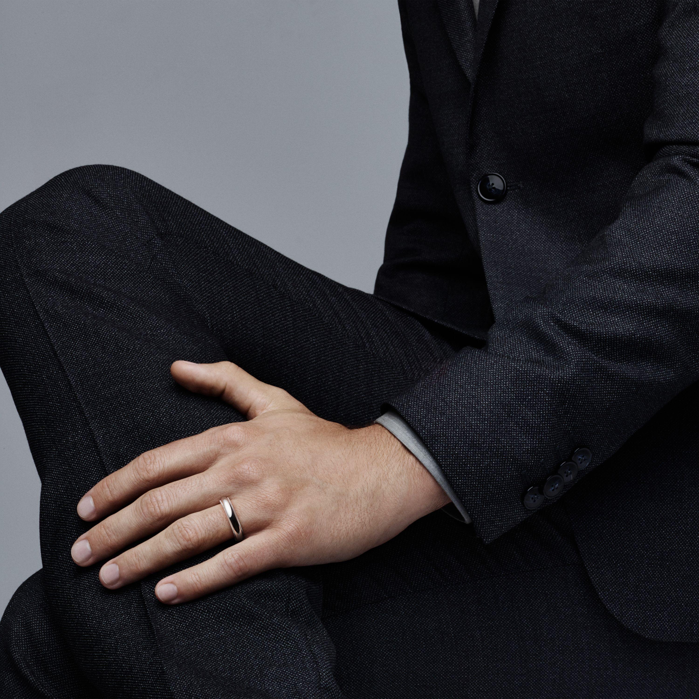 Tiffany Classic Milgrain Wedding Band Ring In Platinum 4 Mm Wide