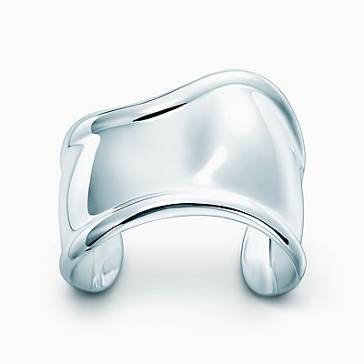 Elsa Peretti Paco cuff in sterling silver, medium Tiffany & Co.